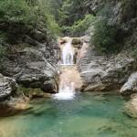 Succession de vasque au début du ruisseau d'Audin près de Nice idéal pour l'initation au canyoning
