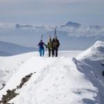 Traversée d'arête sur fond de Vercors et de Mont Aiguille