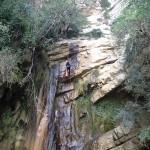 Rappel d'une cascade dans le canyoning du Val d'Angouire - Verdon