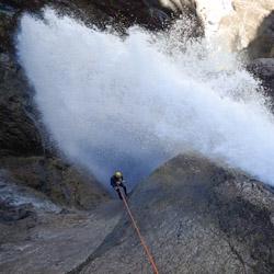 Canyoning extrême vers Gap et Briançon dans les Oules de Freissinières