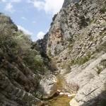 Gorges en canyoning dans le Val d'Angouire près de Marseille à l'entrée des Gorges du Verdon