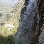 Cascade finale et pont en canyoning dans le vallon de Peïra près de Cannes et Nice