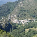 Village de Cuébris avant le canyoning dans le Gros Riou près de Nice et les Gorges du Verdon