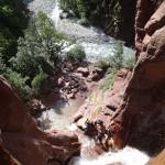Pause en canyoning extrême dans les cascades finales de la Clue d'Amen vers Nice
