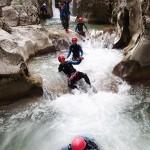 Marche en canyoning près de Castellane et des Gorges du Verdon dans la clue de Saint-Auban