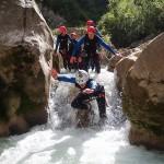 Plouf en canyoning près de Castellane et des Gorges du Verdon dans la clue de Saint-Auban