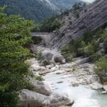 Arrivée en canyoning dans la clue du Riolan près de Nice et des Gorges du Verdon