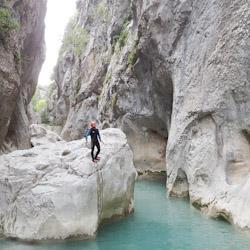 Canyoning initiation vers Nice dans la Clue de la Cerise