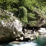 Saut en canyoning initiation près de Grasse et Cannes dans les Gorges du Loup