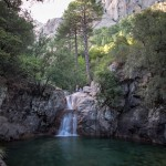 Canyoning et cascade finale du canyon de Polischellu dans le massif des aiguilles de Bavella en Corse