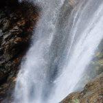 Grande cascade en canyoning dans le moulin de Roubion près d'Isola 2000