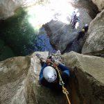 Descente en rappel dans Planfaé en canyoning près de Monaco et Nice