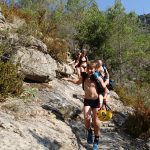 Marche d'approche en canyoning dans Cramassouri